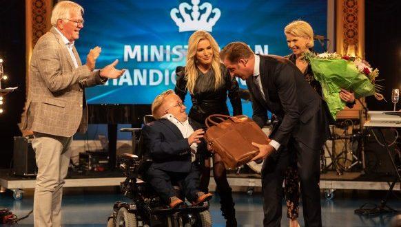 Nederland heeft gekozen: Rick Brink is de allereerste Minister van Gehandicaptenzaken!